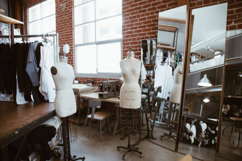 Fit models in a fashion production factory