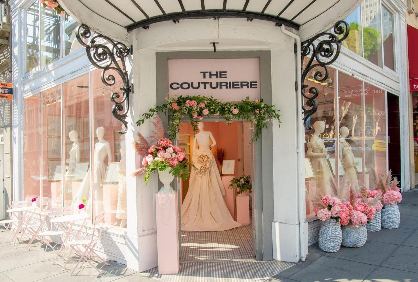 fashion merchandising: Entryway to The Couturiere Showroom